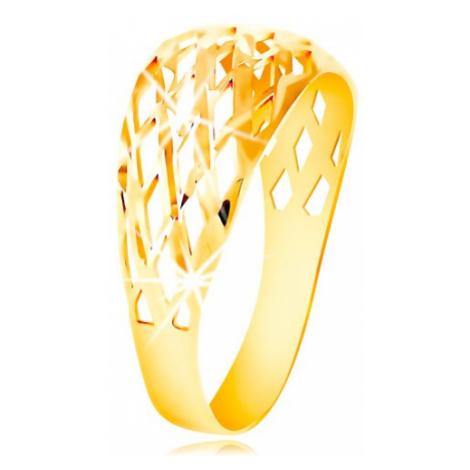 Prsteň zo žltého 14K zlata - mriežka z tenkých ligotavých línií, drobné zárezy - Veľkosť: 52 mm