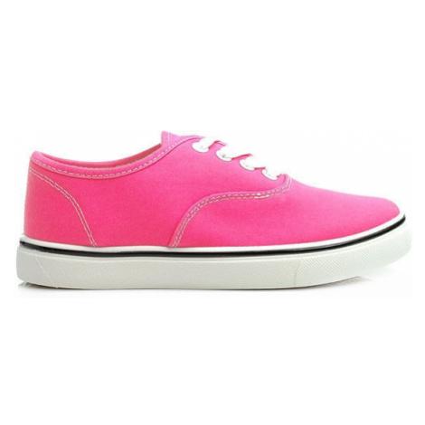 Žiarivé ružové tenisky CNB