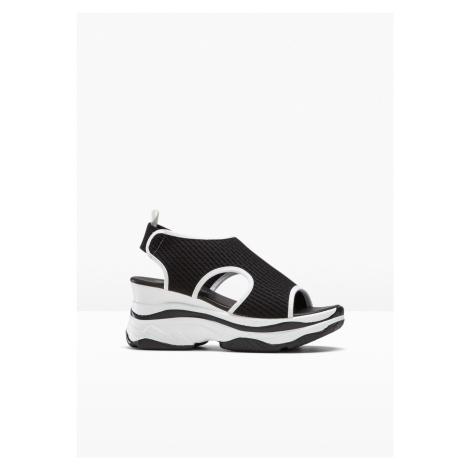 Klinové sandále bonprix