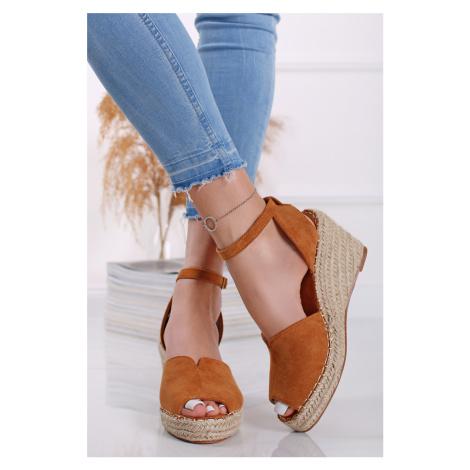 Škoricové semišové platformové sandále Sandy Vices