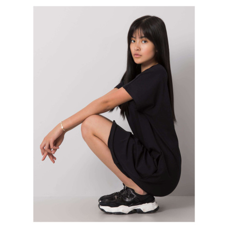 Čierne oversize šaty s vreckami