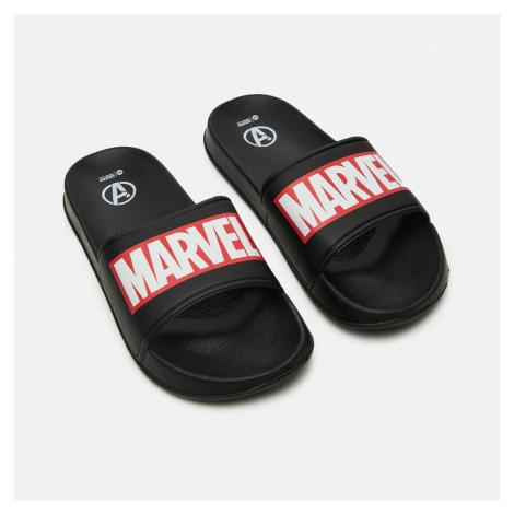 Cropp - Šľapky Marvel - Čierna