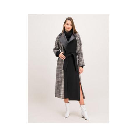 Patrizia Pepe Prechodný kabát 2S1249/A5U2-J2HZ Čierna Regular Fit