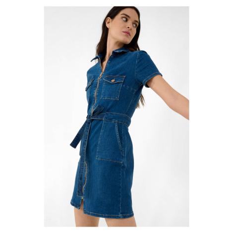 Puzdrové, denimové šaty Orsay