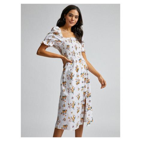 Biele kvetované šaty s prímesou ľanu Dorothy Perkins