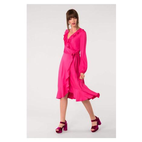 Ružové šaty s dlhým rukávom s golierom Closet