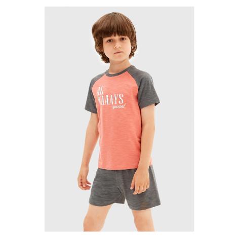 Sivá chlapčenské pyžamá