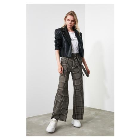 Dámske nohavice Trendyol Patterned