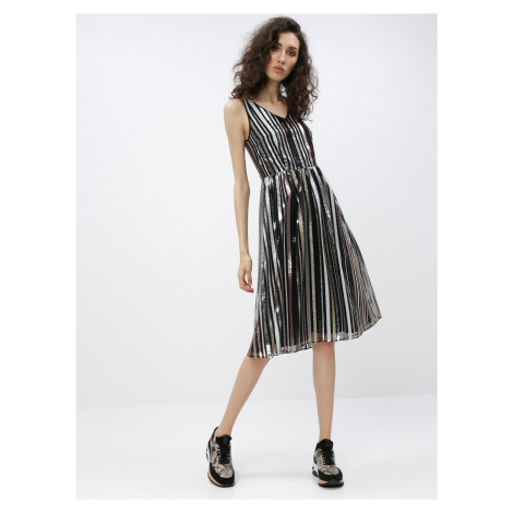 Čierne flitrované šaty Dorothy Perkins