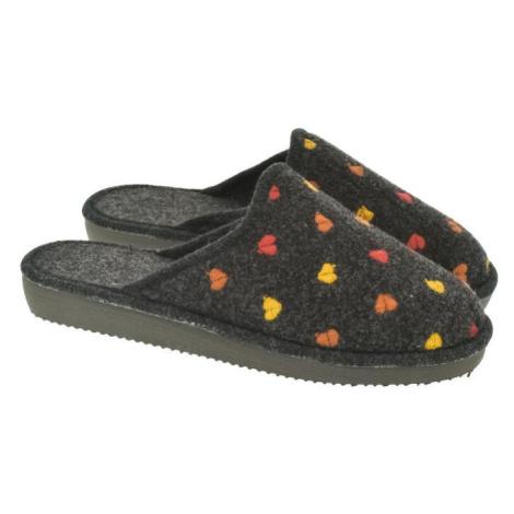 Dámske čierne papuče SANDRA John-C
