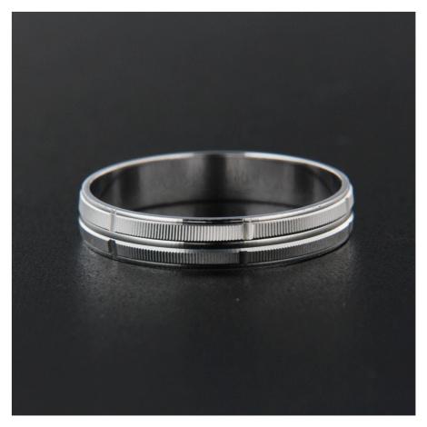 Strieborný prsteň 13834