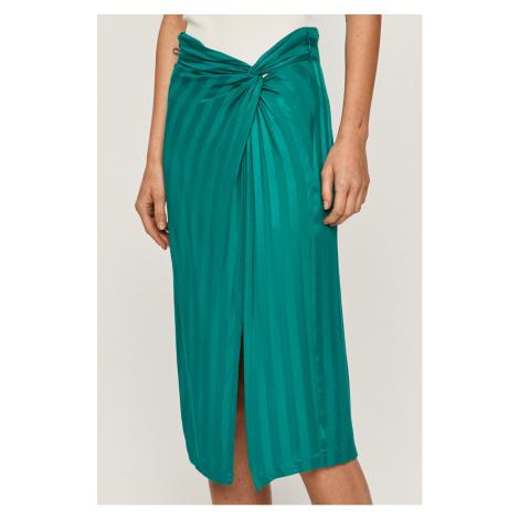Zelené zavinovacie sukne