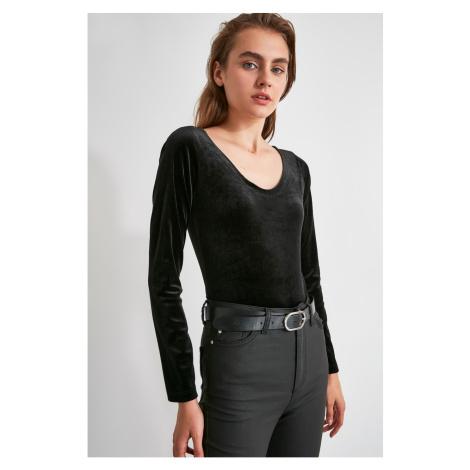 Trendyol Black Velvet Stud Knitted Body