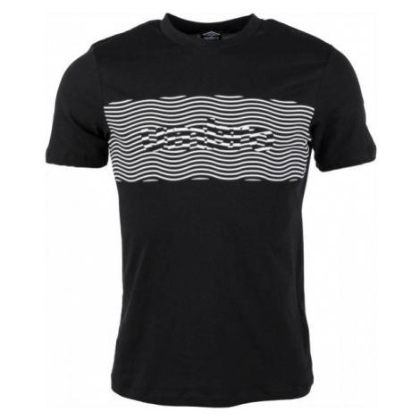 Umbro FW WARPED PANEL GRAPHIC TEE čierna - Pánske tričko