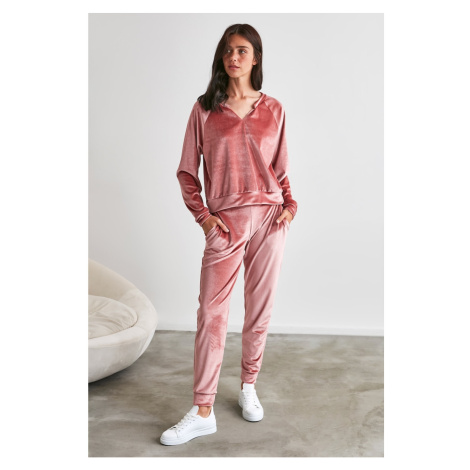 Trendyol Rose Dry Velvet V Collar Knitted Blouse