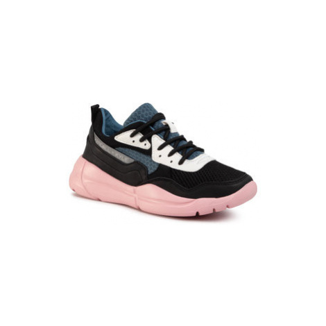 Kendall + Kylie Sneakersy Nikki Čierna