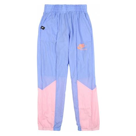 Nike Sportswear Nohavice 'Heritage'  svetlomodrá / ružová