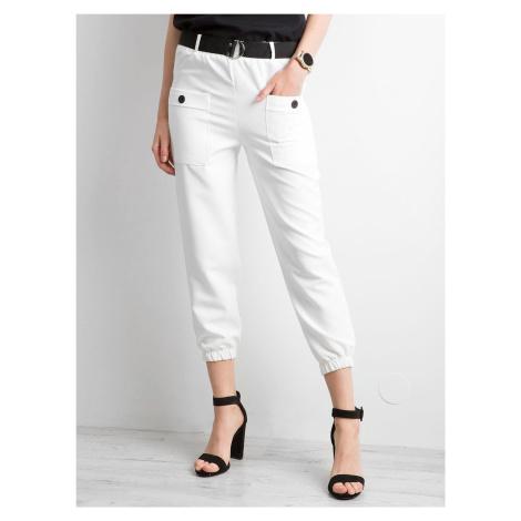 Biele 7/8 nohavice s opaskom