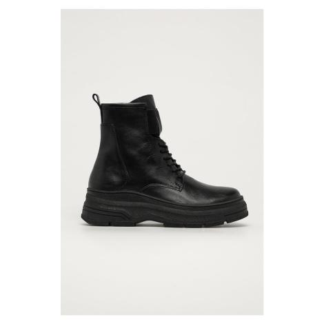 Marco Tozzi - Kožené členkové topánky