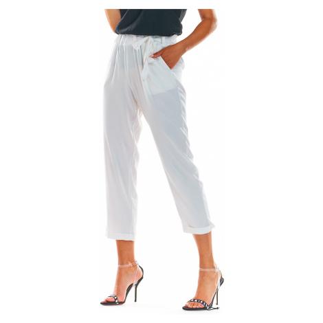Biele nohavice A303 Awama