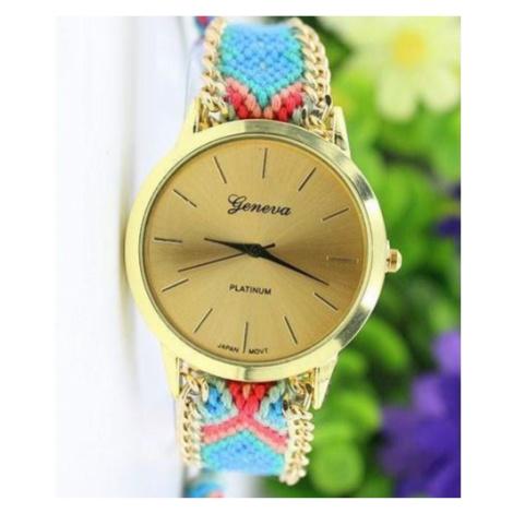Dámske hodinky so vzorovaným remienkom