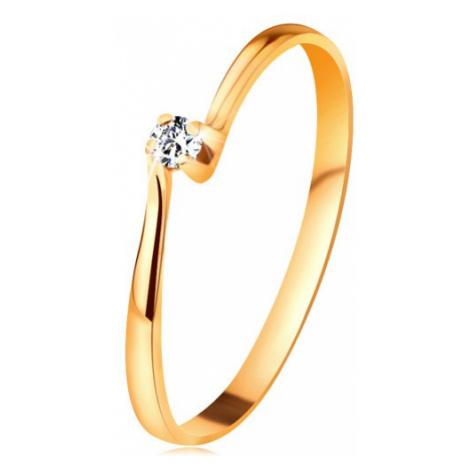 Briliantový prsteň zo žltého 14K zlata - diamant v kotlíku medzi zúženými ramenami - Veľkosť: 61