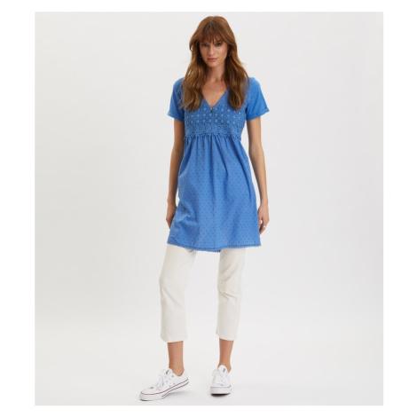 Šaty s krátkym rukávom