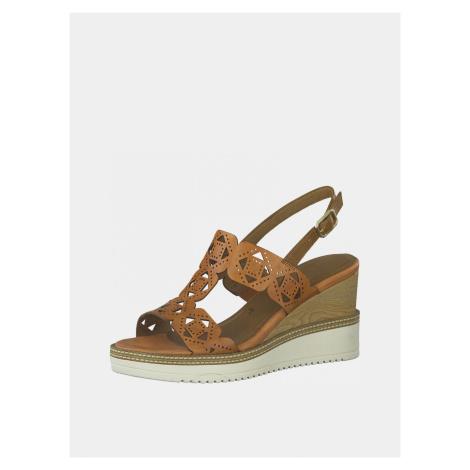 Tamaris hnedé kožené sandále na kline