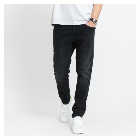 TOMMY JEANS M Austin Slim Tapered Jeans ceasar bk bk str Tommy Hilfiger