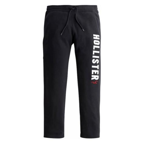 HOLLISTER Nohavice  čierna / biela / červená