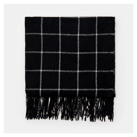 Cropp - Kockovaný šál so strapcami - Čierna