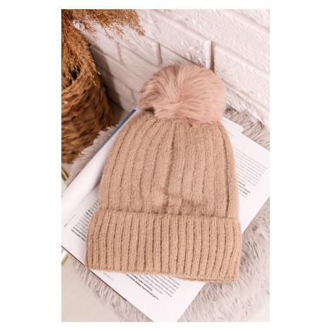 Béžová zateplená čiapka Alina
