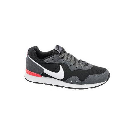 Sivo-čierne tenisky Nike Venture Runner