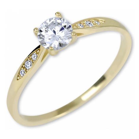 Brilio Zlatý zásnubný prsteň s kryštálmi 001 58 mm