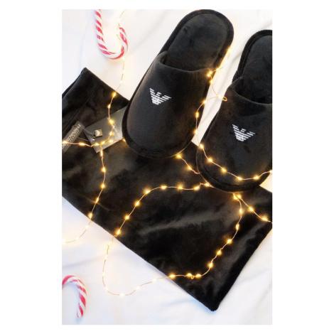 Emporio Armani Underwear Emporio Armani Pánske semišové Papuče vo vrecúšku - čierne