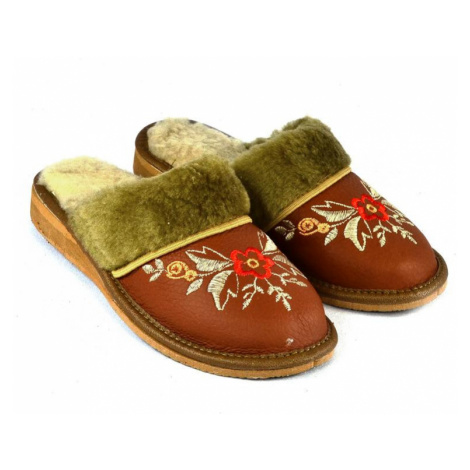 Dámske kožené papuče ARANKA John-C