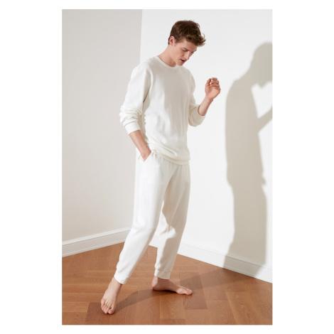 Trendyol White Waffle Knitted Pyjama Set