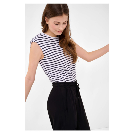 Tričko s vypchávkami Orsay