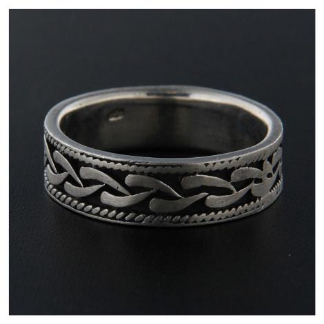 Strieborný prsteň 13926
