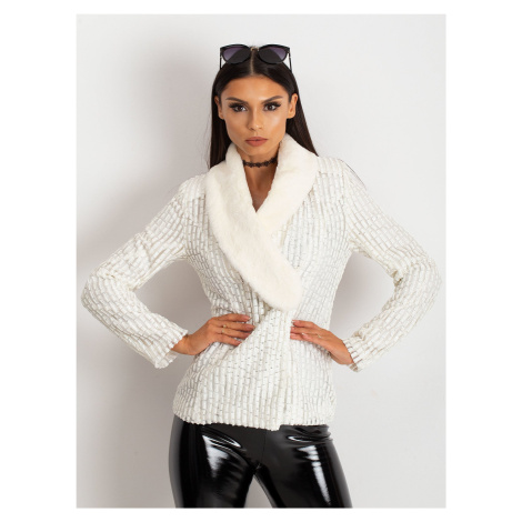 Béžová dámska bunda s kožušinou