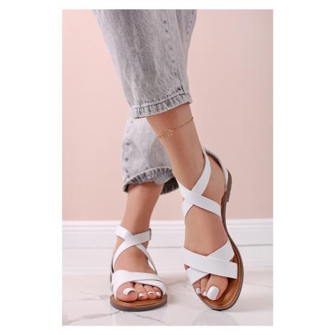 Biele nízke sandále 72748 Refresh
