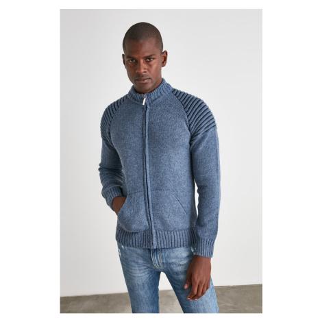 Pánsky sveter Trendyol Knitwear