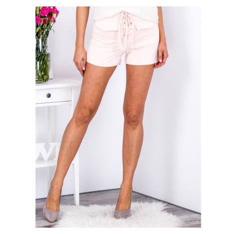 Tied peach shorts in eco suede with pockets