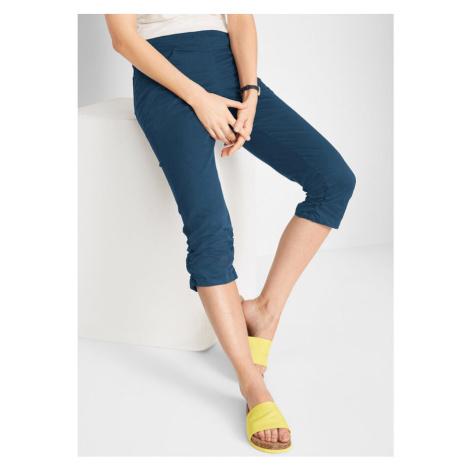 Capri nohavice s pohodlným pásom a nariasením bonprix