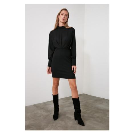 Trendyol Black Sheer Neckline Smuz Dress
