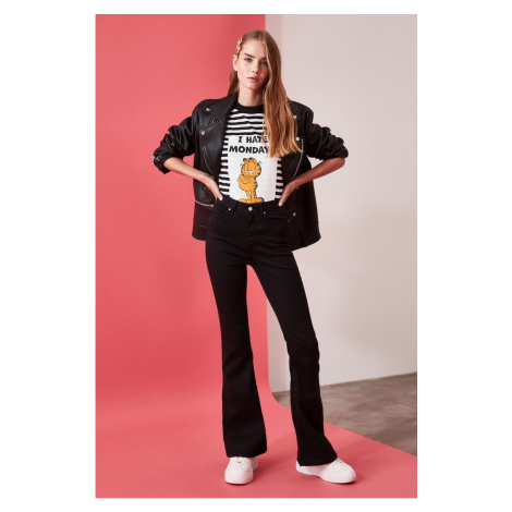 Trendyol Black High Waist Push Up Flare Jeans