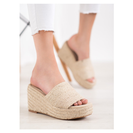 KYLIE FASHIONABLE FLIP-FLOPS ON THE COUD shades of brown and beige