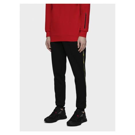 Pánske teplákové nohavice 4F