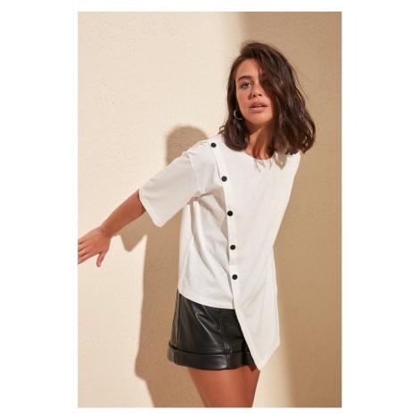 Dámske tričko Trendyol Asymmetrical